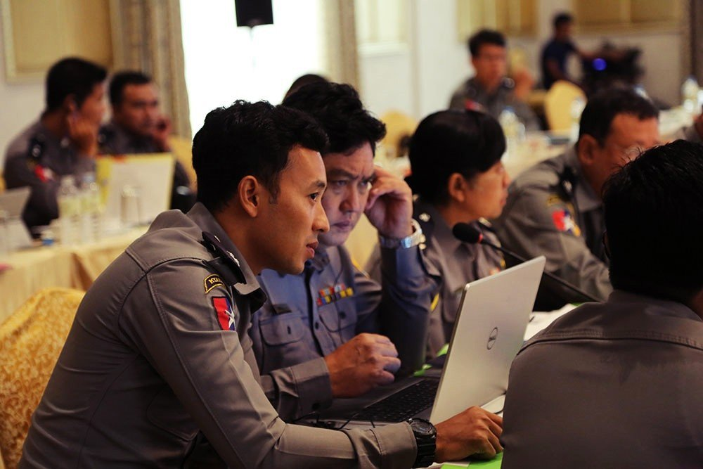 緬甸參與了大部分的反跨國犯罪國際公約,東協也有推出不少反販運計畫,但實際效果並非...