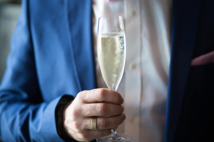適量的小酌,對長壽有幫助。圖/翻攝自Pexels*提醒您:禁止酒駕 飲酒過量有礙...