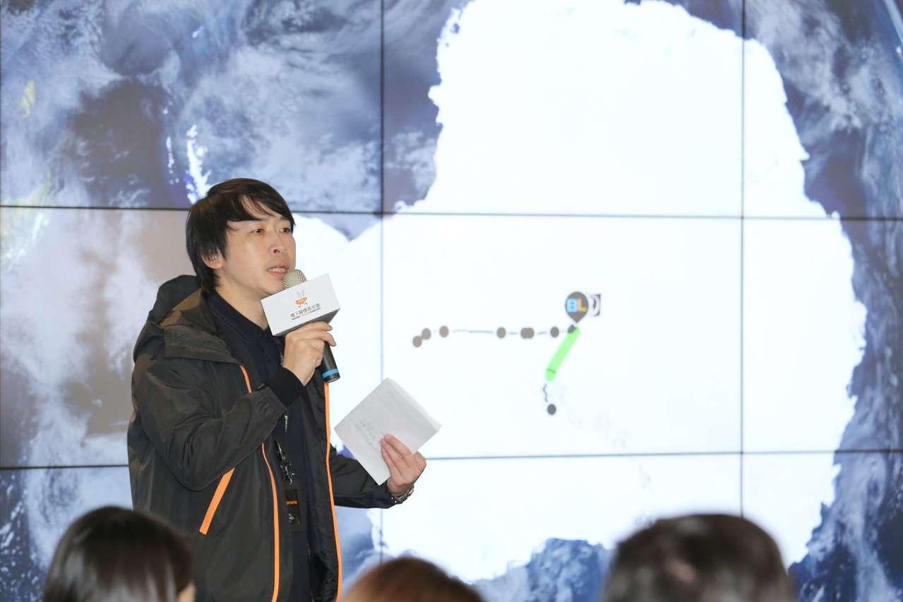 橘子關懷基金會執行長陳秉良鼓勵青年做大夢。 橘子關懷基金會提供