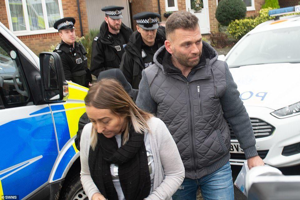 英國蓋維克機場日前因無人機場入造成航班大亂,警方21日逮捕兩名嫌疑人,但偵訊後又...