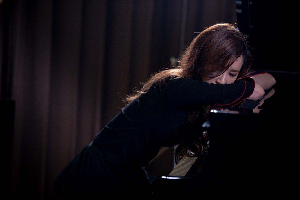 田心蕾拍攝新歌MV。圖/WeMedia微視傳娛提供