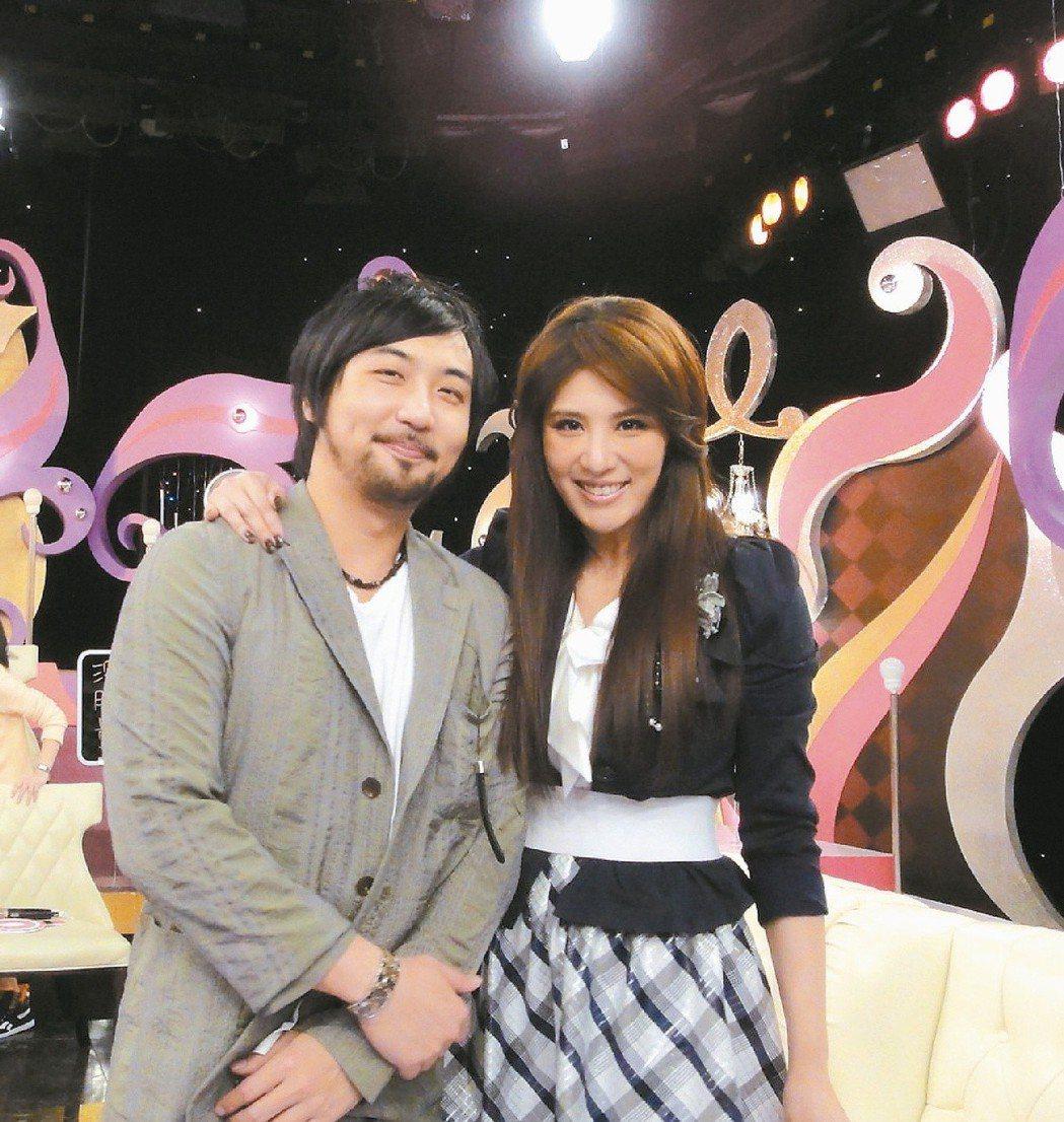 小禎(右)與李進良婚姻關係維持現狀。圖/東森提供