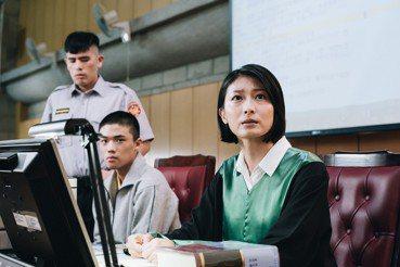 《無法辯護》:人性公差下,制度再現後的失衡