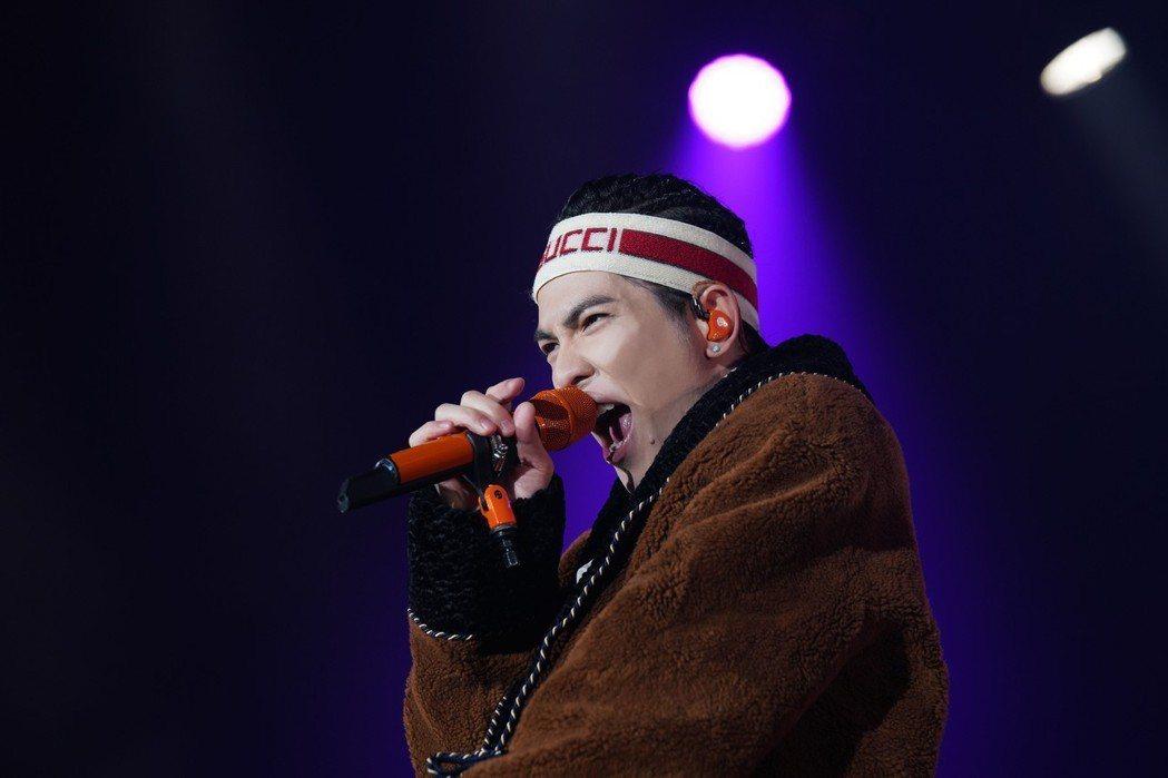 蕭敬騰在美加展開「娛樂先生世界巡迴演唱會」。圖/J'S娛樂工廠提供