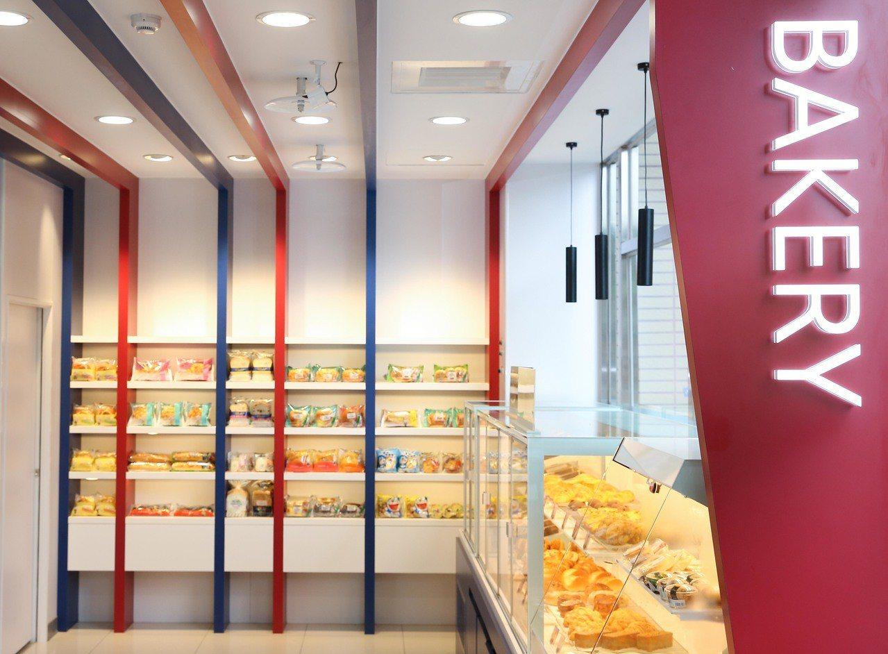 博源門市提供包裝麵包、現烤麵包、Mister Donut及全台獨家販售的冷藏切片...