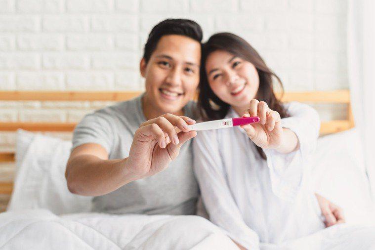 部分女性以為月經周期都固定28天,導致排卵期計算錯誤。 圖/123RF