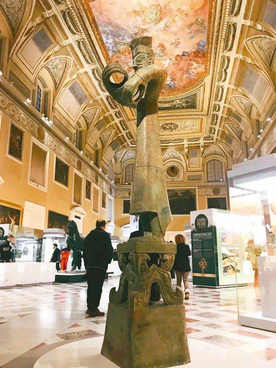 「神與人的世界-四川古蜀文明特展」,正在義大利那不勒斯國家考古博物館展出。 圖/...