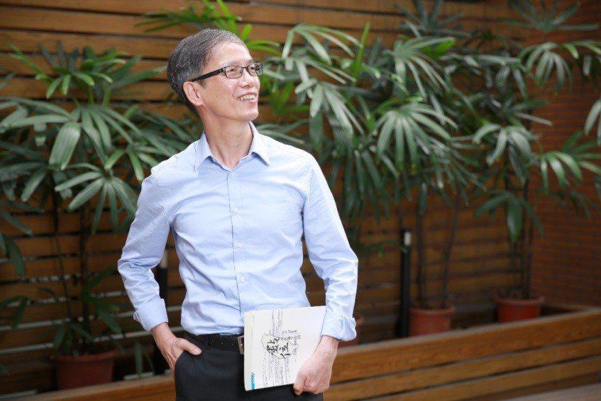 工業局電子資訊組組長林俊秀:「產業需承先啟後,年輕人是下世代工業的接棒人。」...