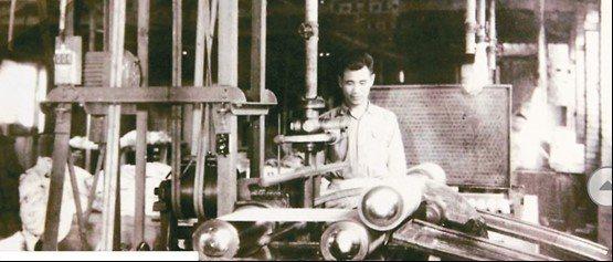 早期工具機加工設備還處於傳統控制期。圖為60年代紡織設備。 智造夢工業編輯小組/...