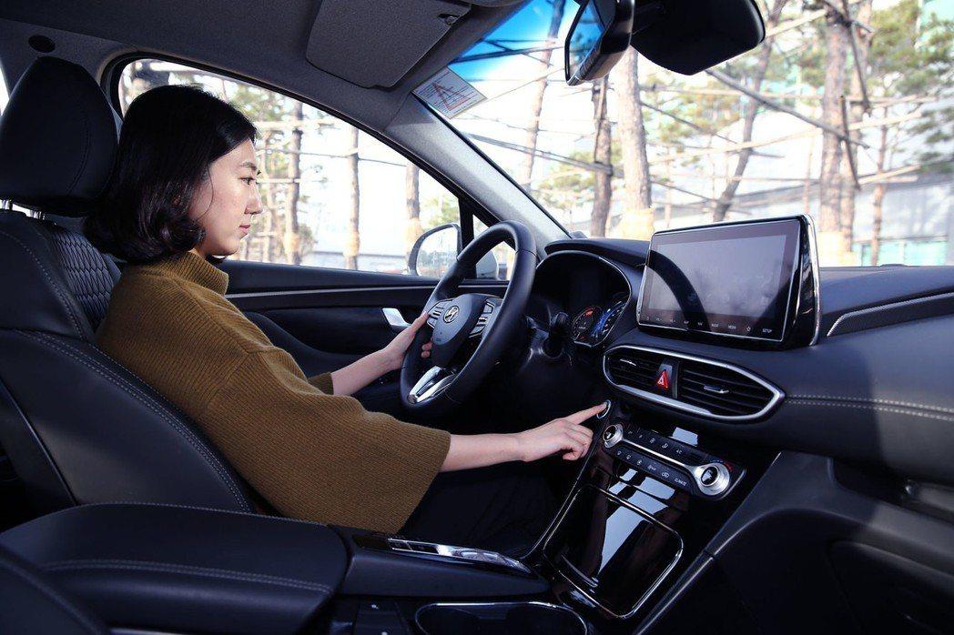 第四代Hyundai Santa Fe將成為Hyundai首款搭載指紋辨識解鎖功...