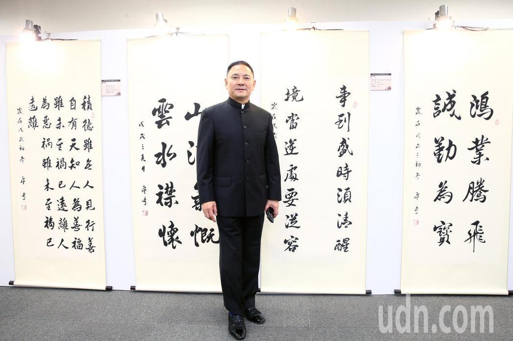 鄧小平專業戶盧奇與他的作品參與第七屆海峽兩岸電視藝術節展出。記者蘇健忠/攝影