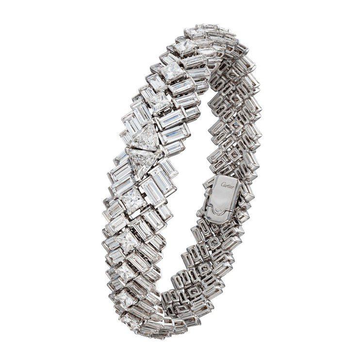 梅根婚禮上配戴的Reflection de Cartier系列鑽石手環,865萬...