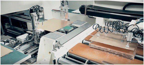 邑昇實業新採購的裁膜線設備。 邑昇實業/提供