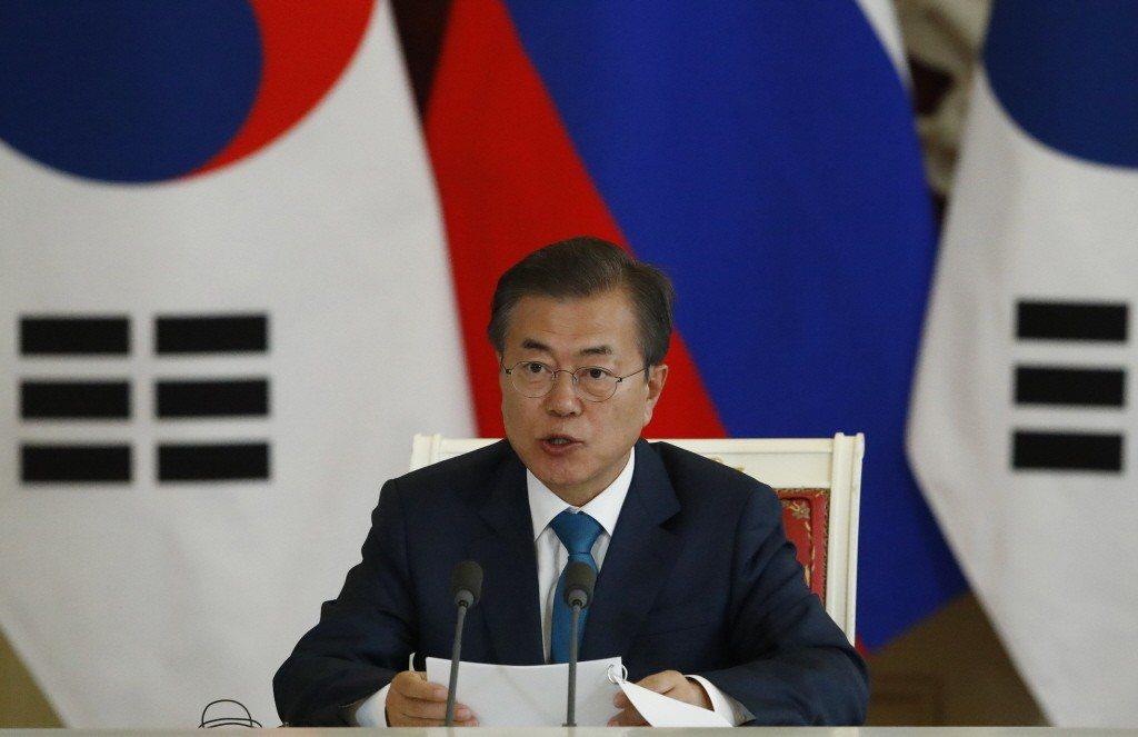 南韓民意調查機構Realmeter今天發佈的一項數據顯示,總統文在寅榮登南韓民眾...
