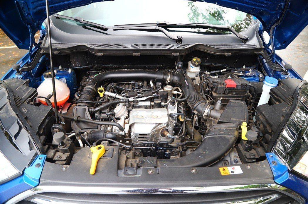獲獎無數的Ecoboost 1.0引擎,有125hp/17.3kgm的動力輸出。...