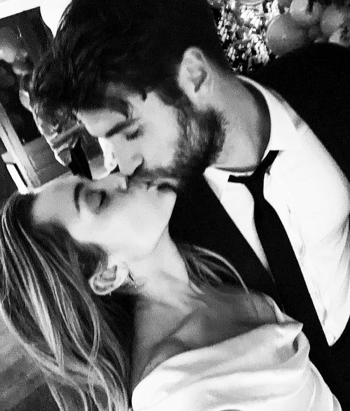 麥莉與連恩漢斯沃婚禮上一吻,羨煞網友。圖/摘自Instagram