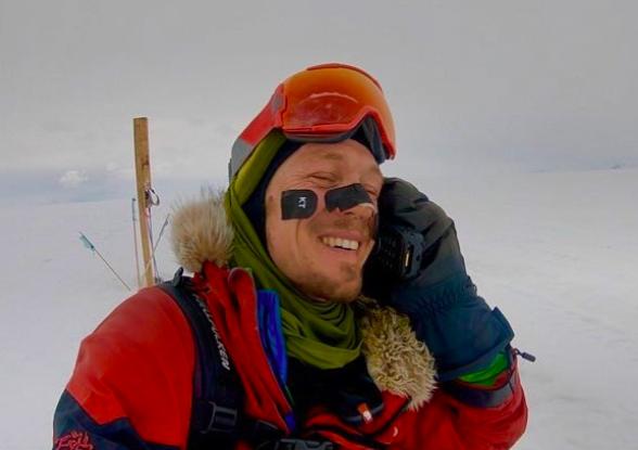 美國33歲探險家奥布雷迪成功獨自穿越南極洲,寫下紀錄。取自Colin O'Bra...