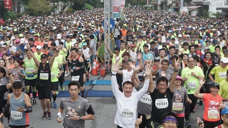 有些馬拉松跑者為了爭取更好的成績,鑽研如何在每次的賽事中贏得領先,而「肝醣超補法...