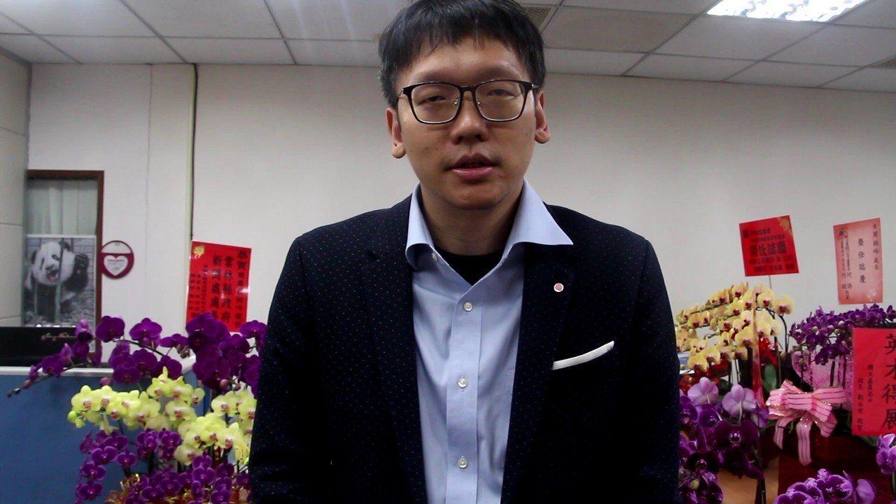 雲林縣政府新聞處長周柏吟。記者邱奕能/攝影