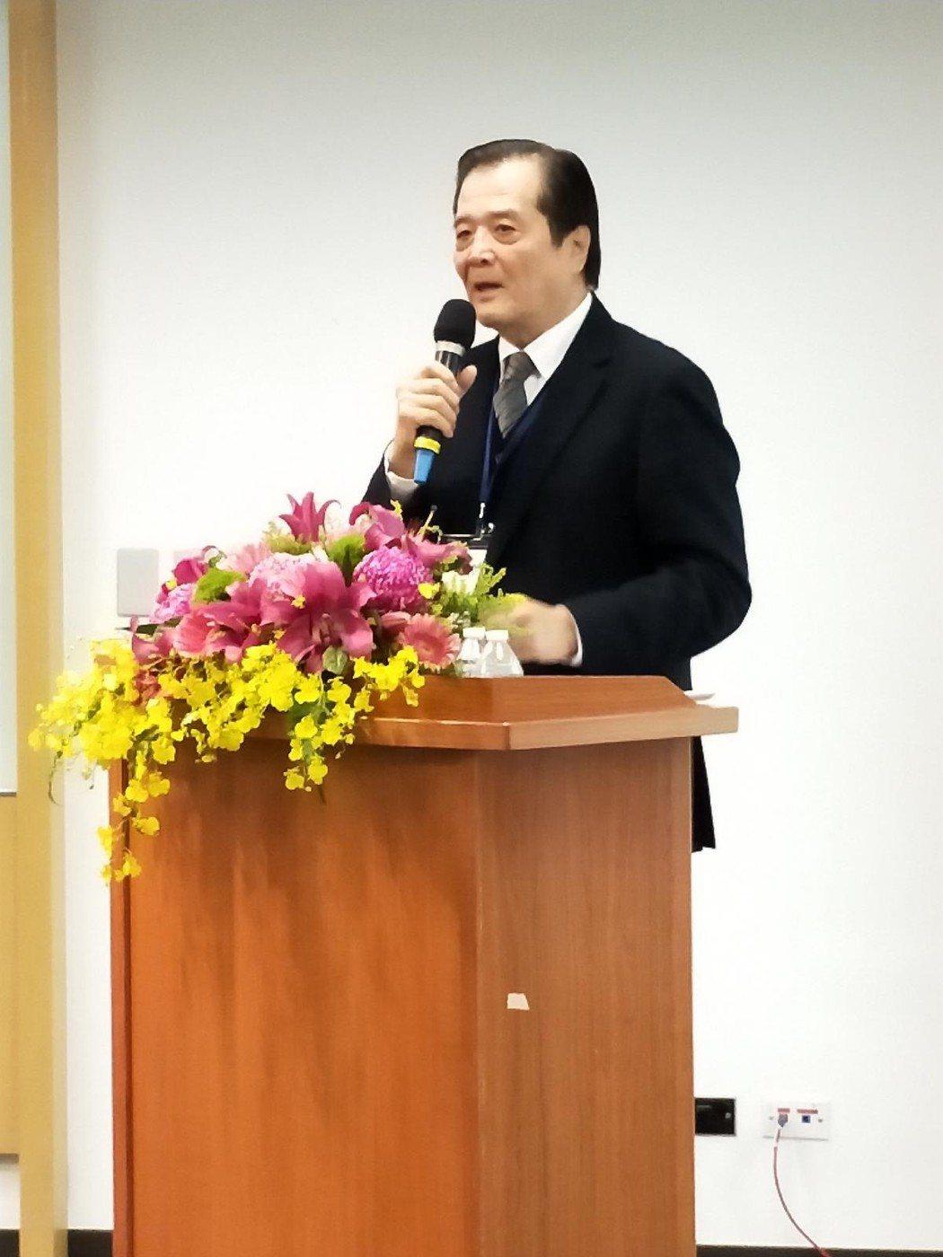 汪威江發表演說。圖/中華廣播電視節目製作商業同業公會提供