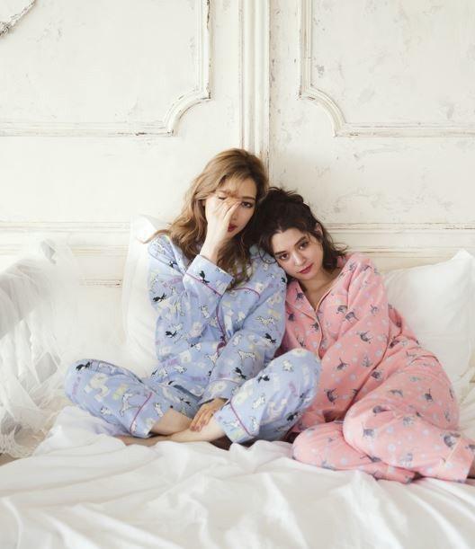 動物印花法蘭絨襯衫式睡衣,特價745元。圖/PEACH JOHN提供