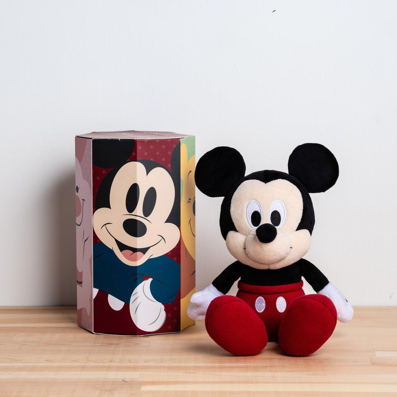 每款福袋玩偶都有專屬的盒裝設計。圖/HOLA提供