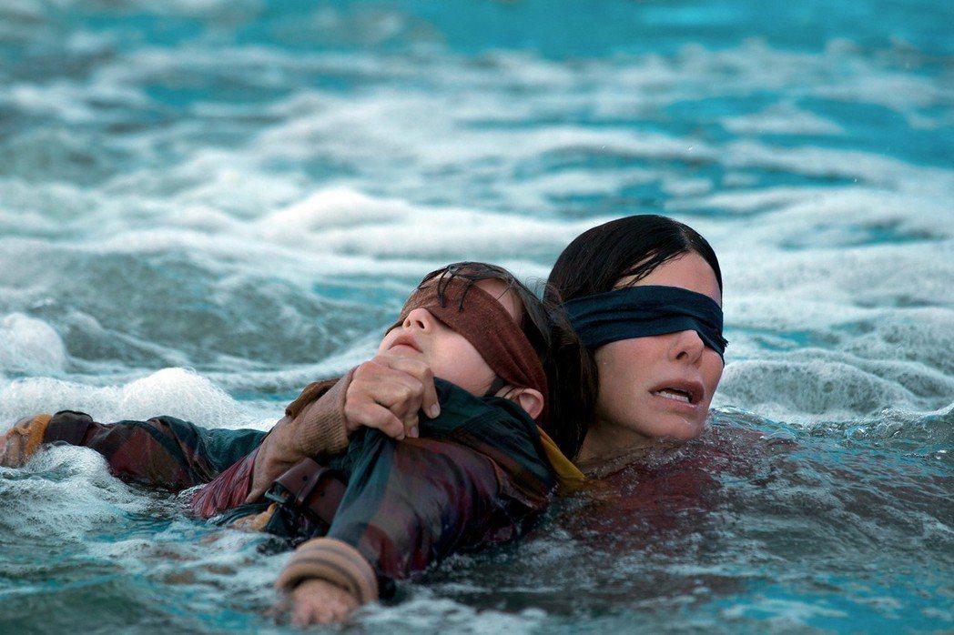 珊卓布拉克再一次展現影后級的精湛演技。圖/Netflix提供