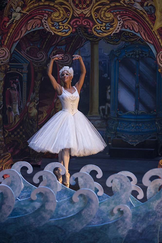 著名舞星在「胡桃鉗與奇幻四國」獻藝,是片子一大看點。圖/摘自imdb