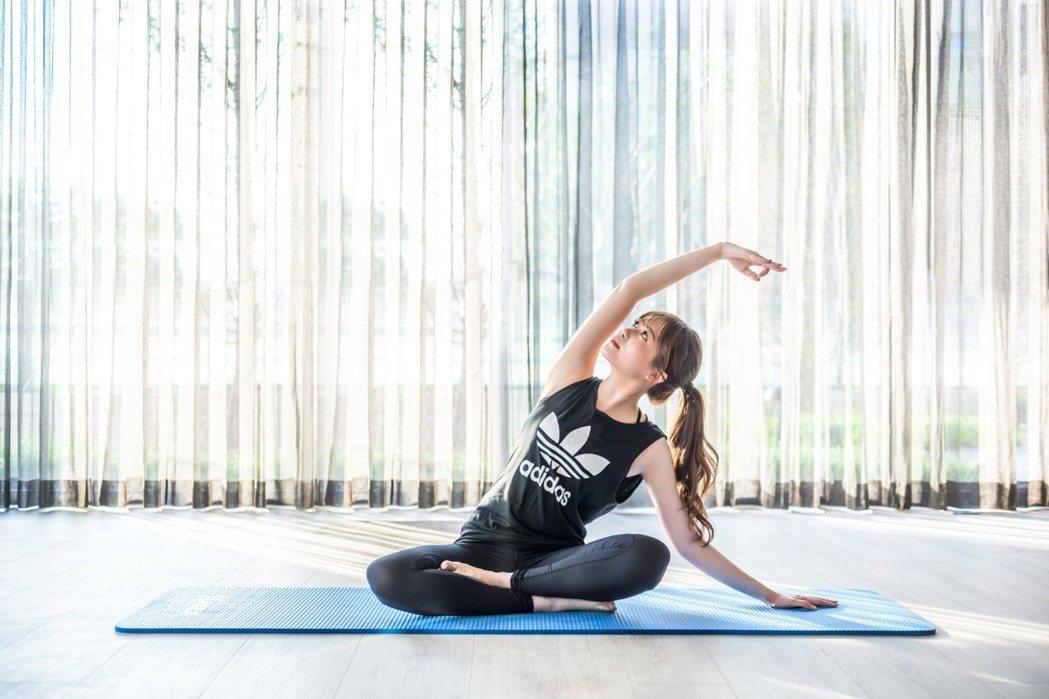 佳茂敦品讓你越住越幸福,圖為社區專屬瑜伽室。圖/佳茂敦品提供