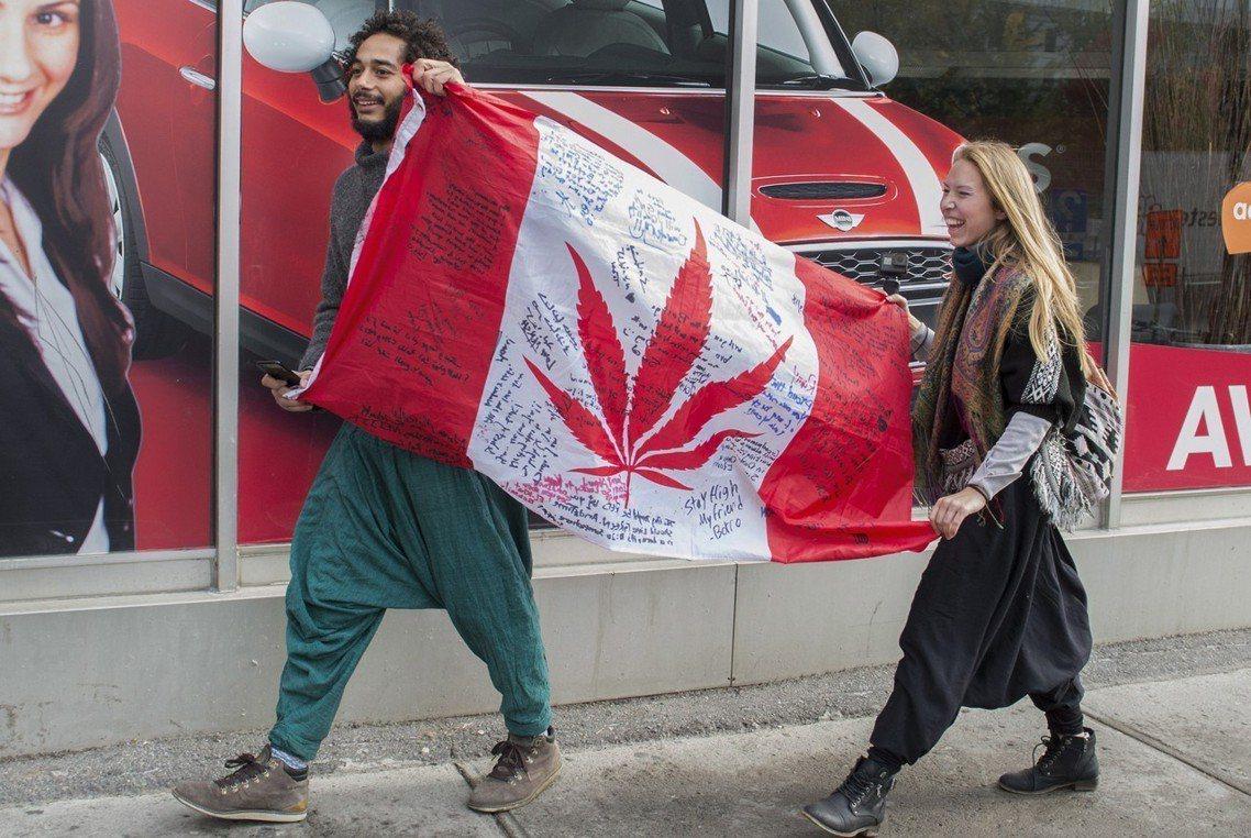 加州是美國西岸第一個將「娛樂用大麻」合法化的州,但在對娛樂用大麻亮起綠燈後,第一...