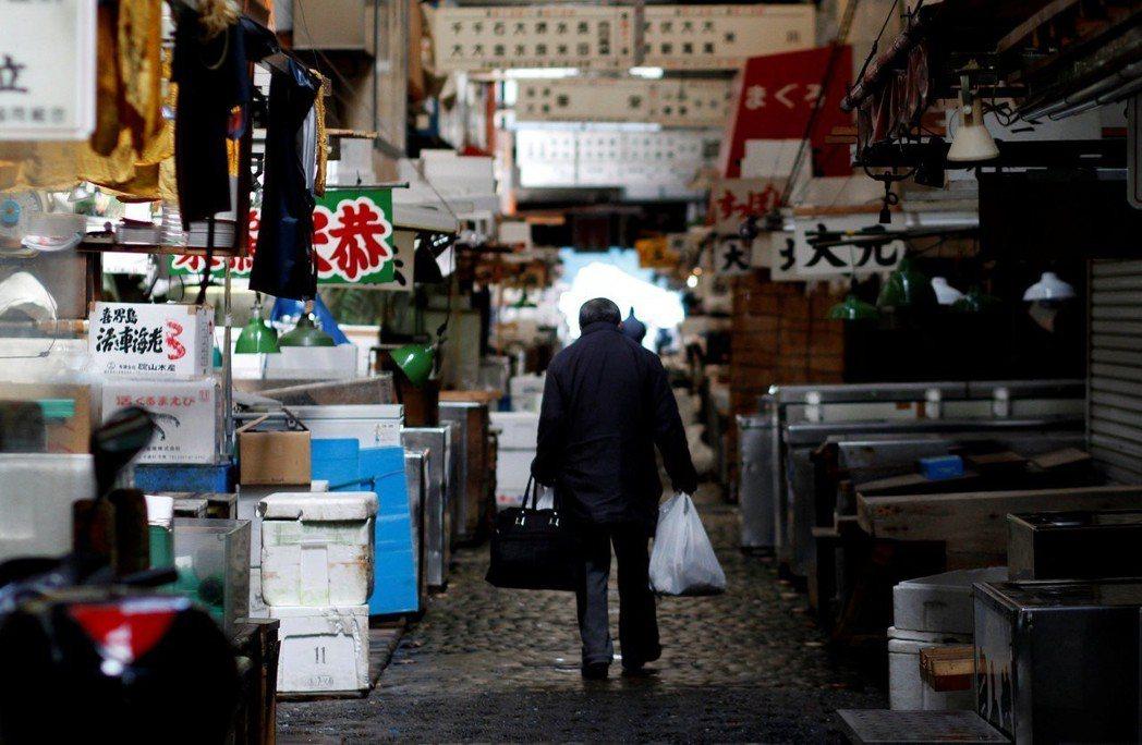 有「東京廚房」之稱的築地市場,在今年10月11日正式轉移至豐洲市場,後來呢? 圖...