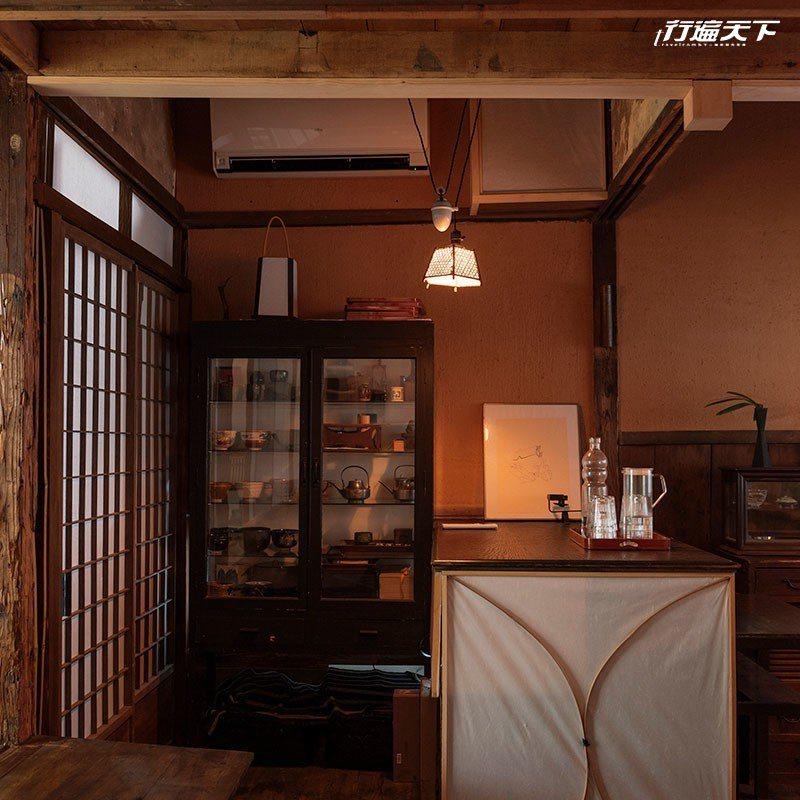 位於內室的小書房空間。  攝影|行遍天下