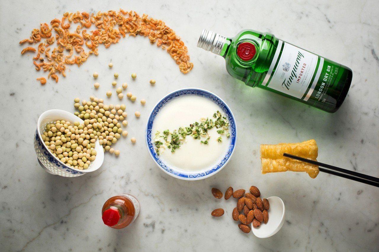 我愛「台」味雞尾酒─鹹豆漿。圖/台北文華東方酒店提供