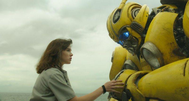 「大黃蜂」重視人類與機器人之間的情感。圖/UIP提供
