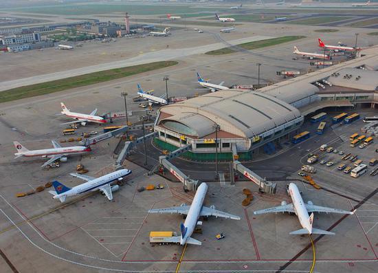 北京首都機場。(新浪網)