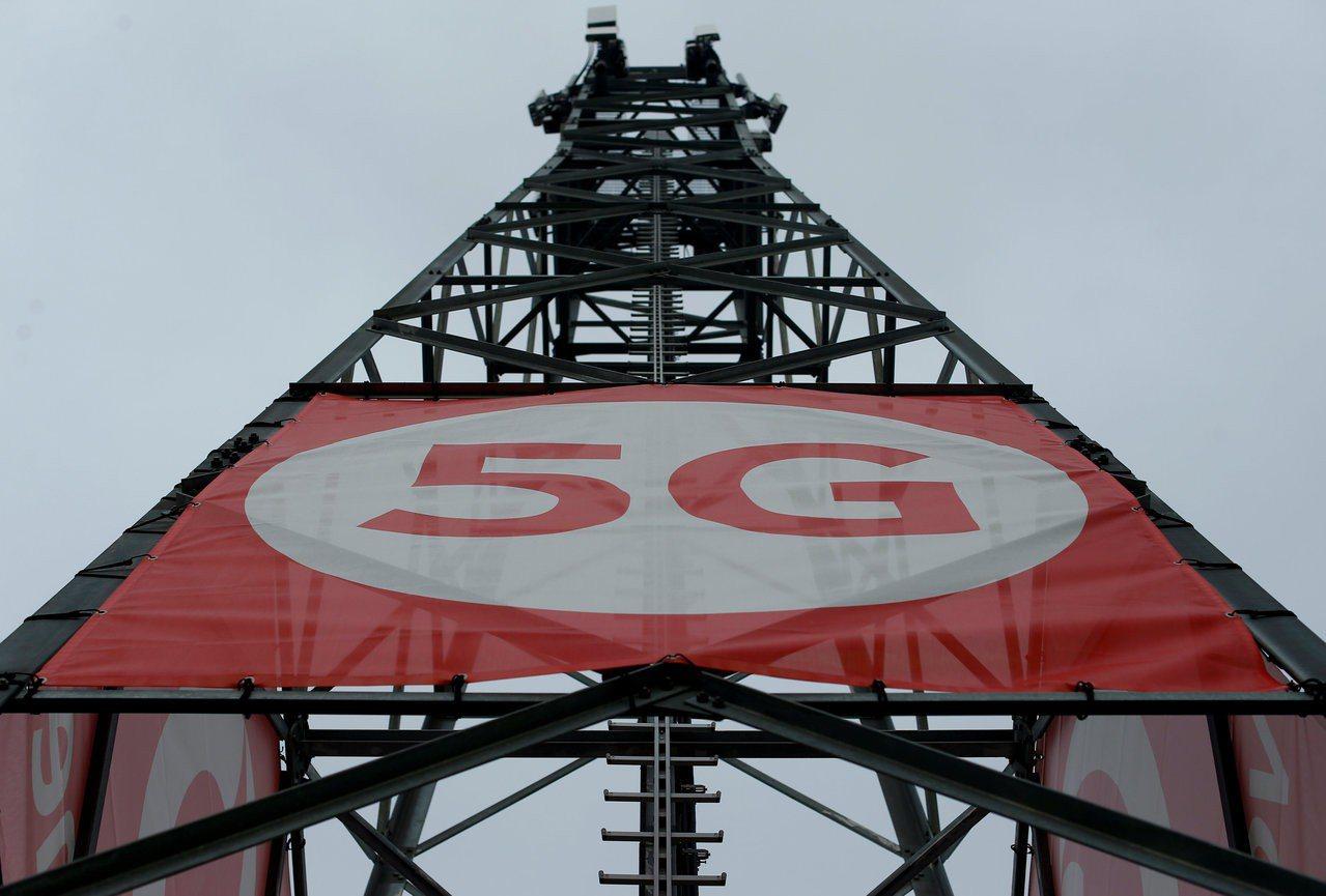 根據綠黨國會議員委託顧問業者P3進行的研究,德國4G LTE行動上網網路的涵蓋率...