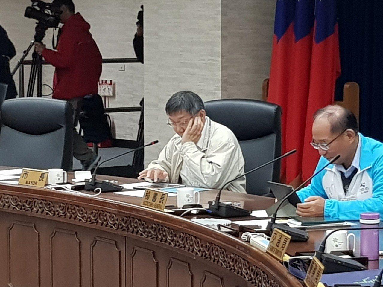 台北市長柯文哲今天主持交通會報。記者翁浩然/攝影