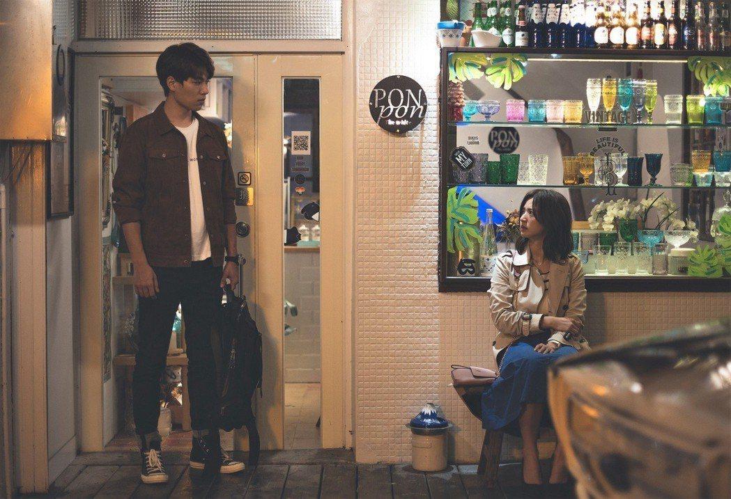 臧芮軒(右)和林子閎在劇中有過一段情。圖/東森提供