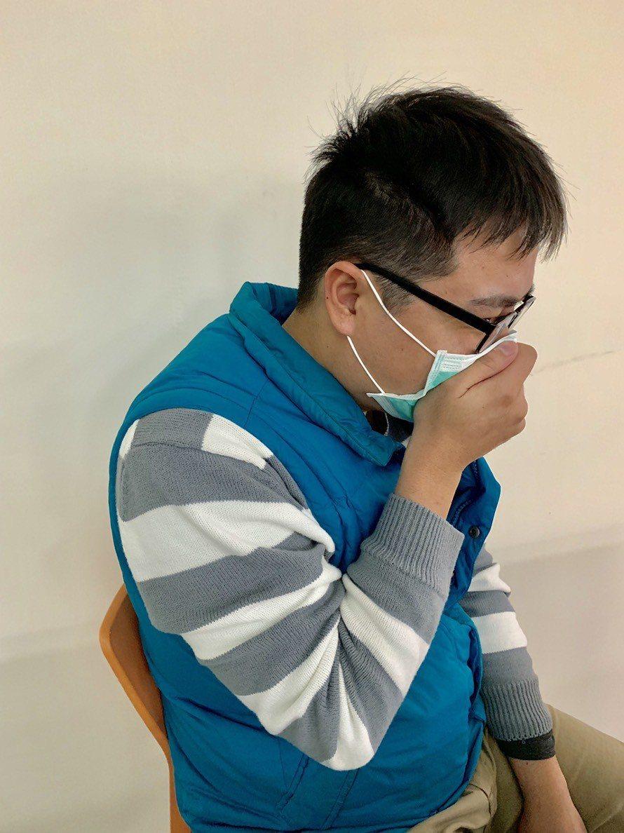 民眾如出現呼吸困難、急促、發紺(缺氧)、血痰或痰液變濃、胸痛、意識改變、低血壓等...