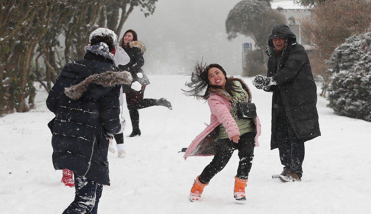 最強寒流到,首爾體感溫度零下19.3℃度。 歐新社