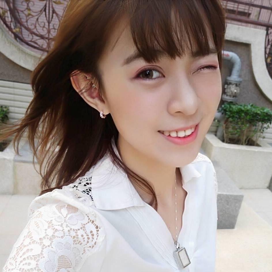 小英女孩陳志瑜曾在姚文智辦公室服務1個月。圖/取自陳志瑜臉書