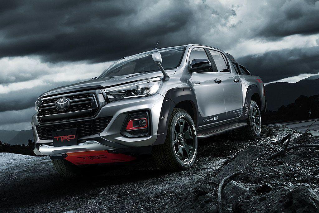 即將到來的2019日本東京改裝車展,Toyota汽車率先釋出Hilux特仕車消息...