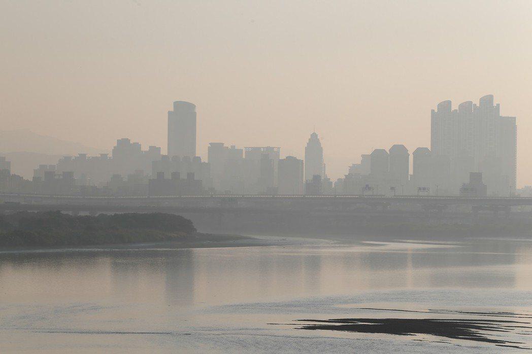 要解決空汙問題,必須先了解汙染源。 圖/聯合報系資料照片