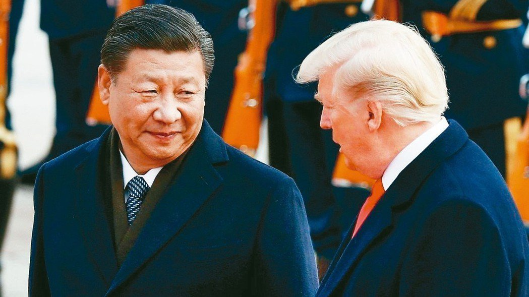 美國總統川普(右)29日與中國國家主席習近平熱線通話。 路透