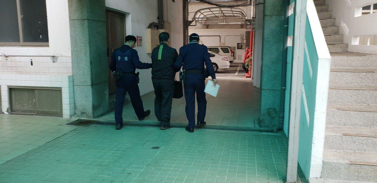 洪姓男子被台中警方查獲酒駕,今天依公共危險罪嫌移送法辦。記者游振昇/攝影