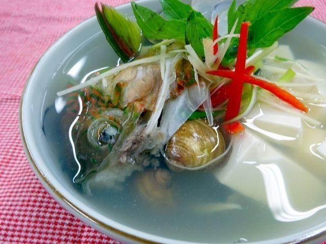 青衣蛤蜊湯。圖/周承俊提供
