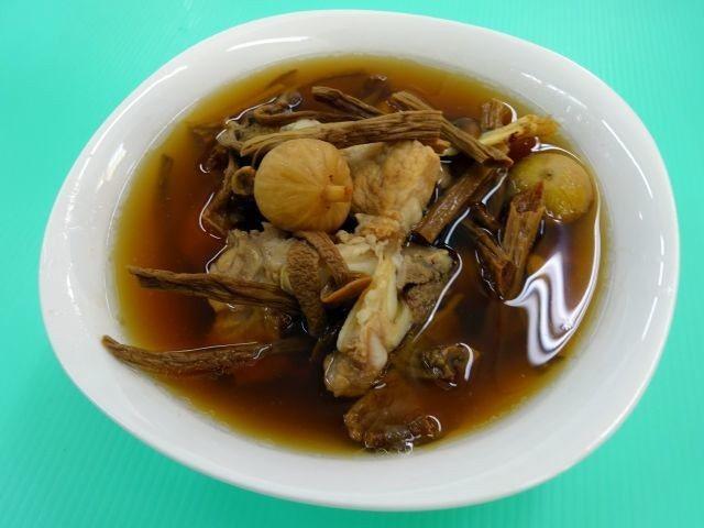 清燉牛雜湯。圖/周承俊提供