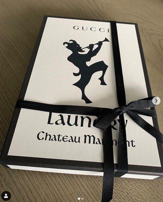 孫芸芸在IG分享Gucci Chateau Marmont Logo T恤。圖/...