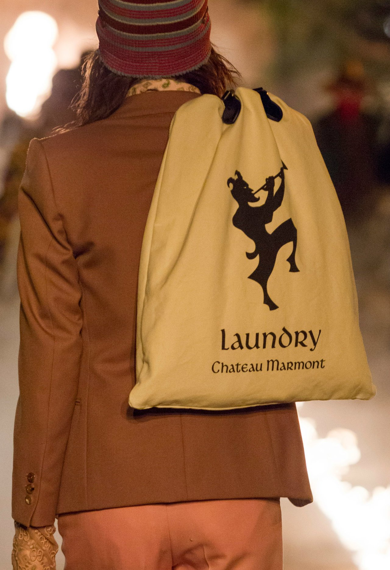 Gucci 2019早春系列中聚焦美國洛杉磯知名飯店Chateau Marmon...