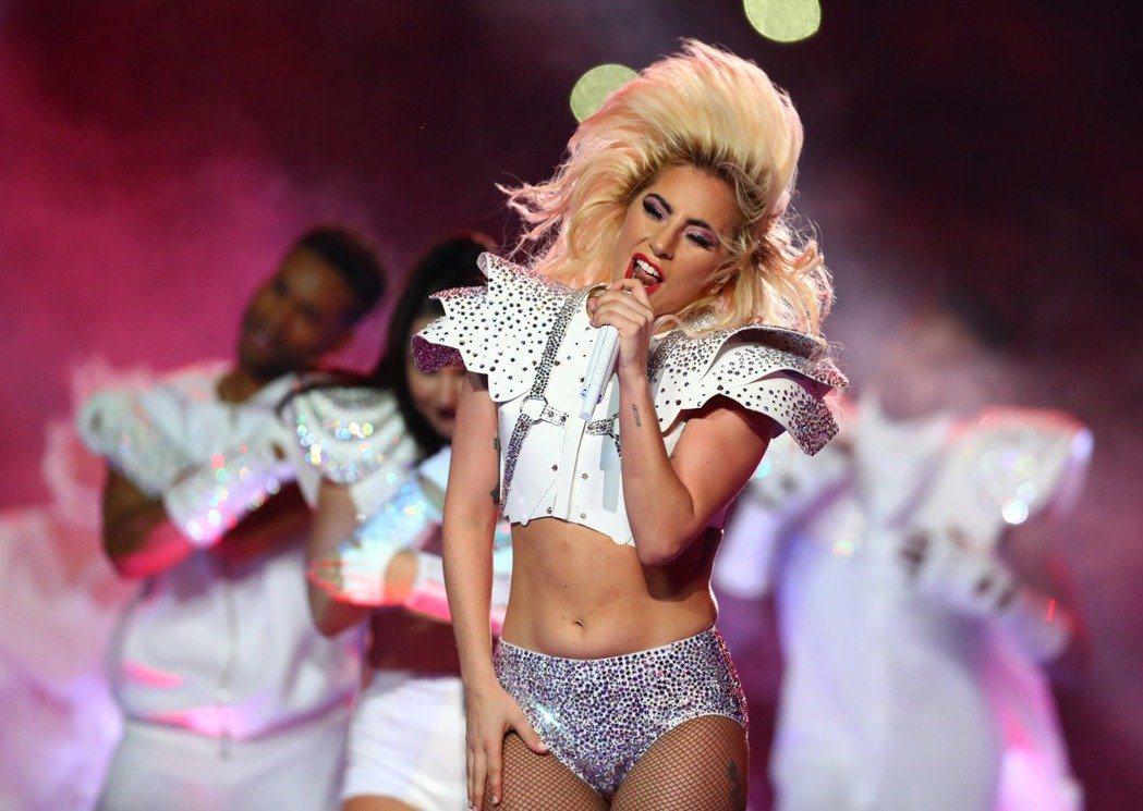 女神卡卡最近宣告回歸歌手本業,在賭城拉斯維加斯接連舉辦11場公演。圖/路透資料照